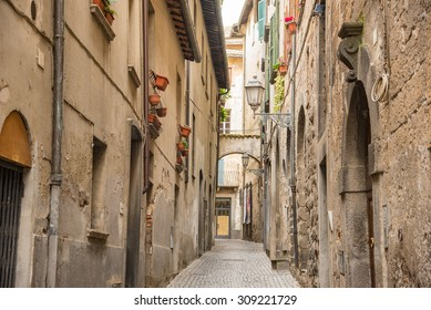 Orvieto is a place that leaves ambiance of medieval age