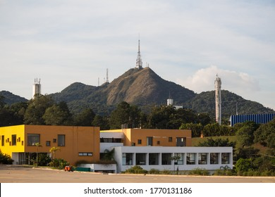 OSASCO, SP, BRAZIL - MAY 21, 2020: Pico do Jaragua at the top, the highest place in the city of Sao Paulo at 1135 meters high, seen from the Jardim Santa Fé neighborhood.
