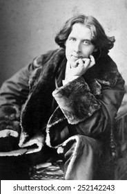 Oscar Wilde (1864-1900), photograph by Napoleon Sarony, 1882