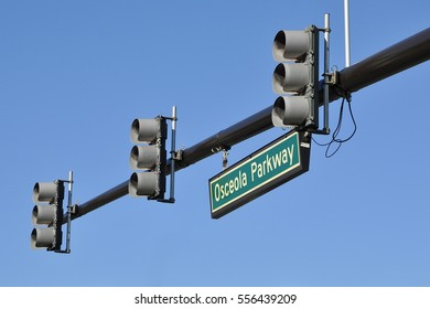 Osceola parkway sign in traffic lights