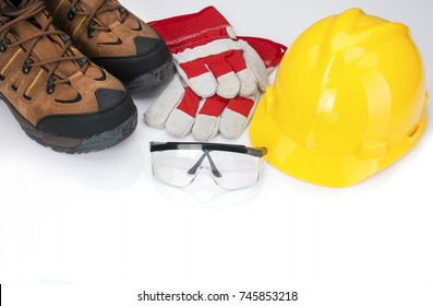 Osha required safety items for industrial workers