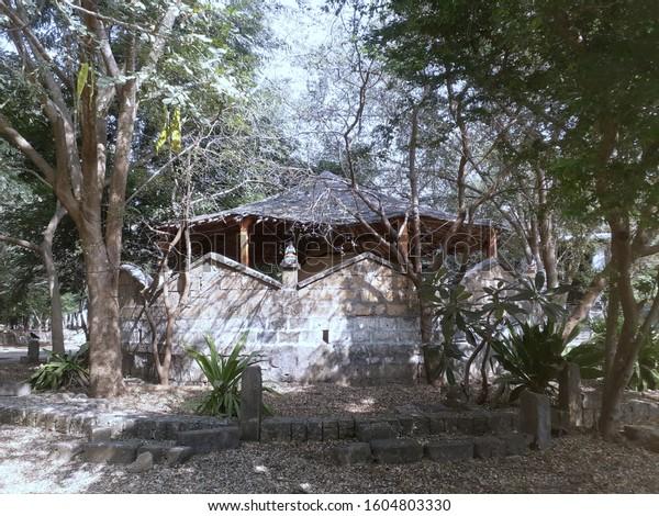 osho-ashram-located-madhavpur-porbandarg