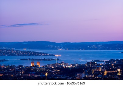 Oslo in the evening, seen from Grefsenkollen