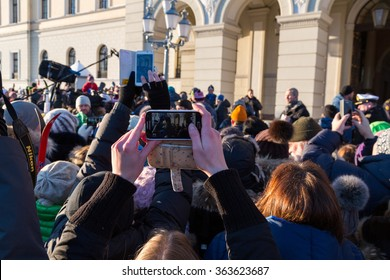 Oslo, Norway, 17th January 2016. The Queen and King of Norway celebrate their 25 year reign. Crowds gather for a glimpse of the Royal family, whilst being interviewed by the media