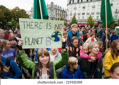 "OSLO - SEPTEMBER 21: A sign reads, ""There Is No Planet B"", as thousands march through central Oslo, Norway, to support action on global climate change, September 21, 2014."