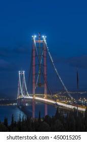 Osman Gazi Bridge at night