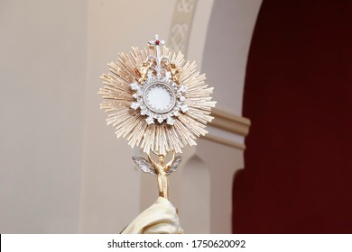 Ostensory for worship at a Catholic church ceremony - Adoration to the Blessed Sacrament - Catholic Church - Eucharistic Holy Hour - Holy Week