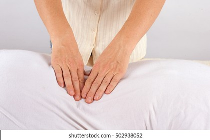 Osteopath working - Bowen therapy