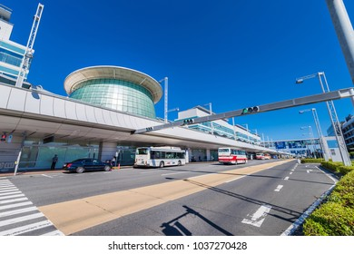 OTA, TOKYO / JAPAN - JULY 14 2017 : Haneda Airport Domestic Terminal Bus Departure Station. Taxis and limousine buses arrive and depart one after another.