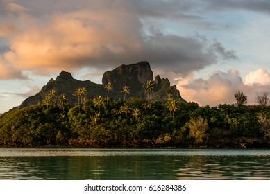 Otemanu Tahiti Bora Bora