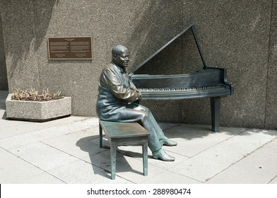 OTTAWA, CANADA - May 26, 2015: Statue of Canadian jazz pianist Oscar Peterson