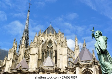 Our Lady of Amiens Cathedral and Statue of Saint Peter the Hermit in Amiens, France.