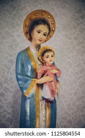 Our Lady of La Vang Virgin Mary and Child Jesus wearing Vietnamese costume