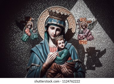 Our lady of perpetual help statue virgin Mary with Child Jesus