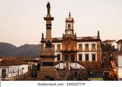 Ouro Preto/Brazil – 08/06/2016: Statue of Tiradentes and Museum of the Inconfidência in Tiradentes Square, Ouro Preto, Minas Gerais, Brazil