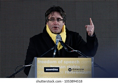 Ousted Catalan leader Carles Puigdemont gives a speech while thousands of Catalonian people rally to protest for the Independence of Catalonia, in Brussels, Belgium, 07 December 2017.