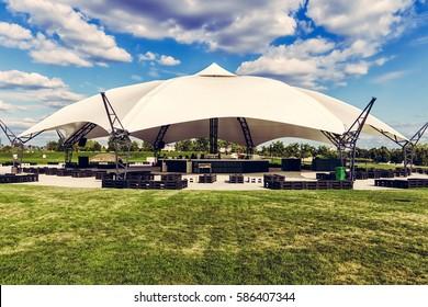 Outdoor concert venue
