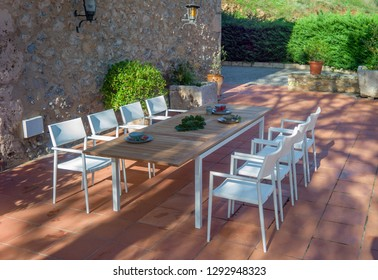 outdoor dining set for dinner with table and chairs