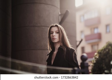 Outdoor fashion portrait of glamour sensual young stylish lady wearing trendy outfit