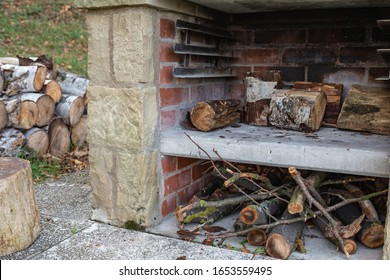 outdoor fire place with barbecue grill