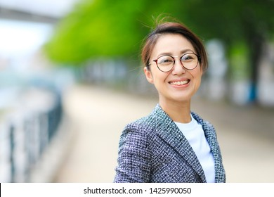 Outdoor portrait of business woman