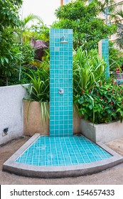 Swimming Pool Shower Images, Stock Photos & Vectors ...