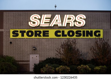 Outdoor signage of Sears store closing in Chattanooga, Tennessee, USA 11.12.18