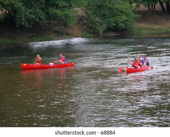 Outdoor sports on the river Dordogne, France