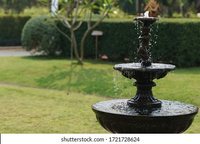 Outdoor water fountain for garden decoration