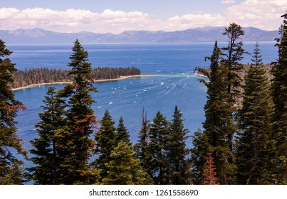 Outgoing boats in Lake Tahoe
