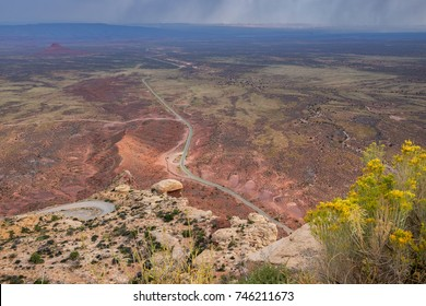 Outlook on Moki Dugway, located on Utah Route 261: Extreme dirt switchback road that is carved into the cliff edge of Cedar Mesa.