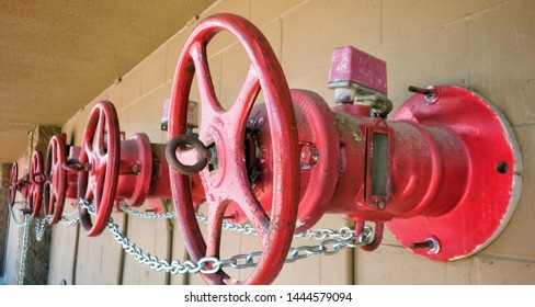 Outside stem and yoke fire sprinkler valve for large scale commercial use