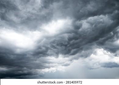 Overcast sky , Dark sky