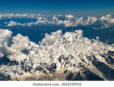 Overflying the Rakaposhi from China to Pakistan