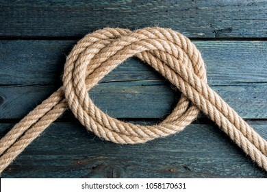 Overhand Bow Knot. Rope node