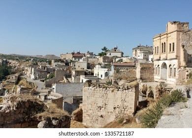 Overlooking the Cave Homes of Uchisar