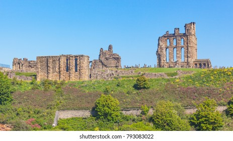 Overlooking the North Sea and the River Tyne, Tynemouth Castle and Priory on the coast of North East England was once one of the largest fortified areas in England.