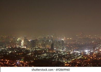 An overlooking view of Seoul, the capital city of South Korea.