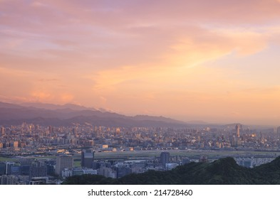 Overlooking The view of The Taipei city.