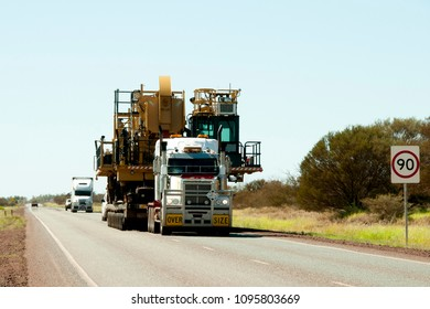 Oversize Heavy Machinery Transport