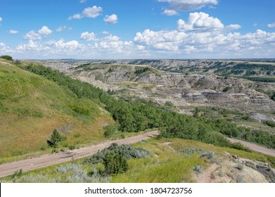 Overview of Dry Island Buffalo Jump Provincial Park in the Red Deer River Valley near the town Trochu, Alberta, Canada