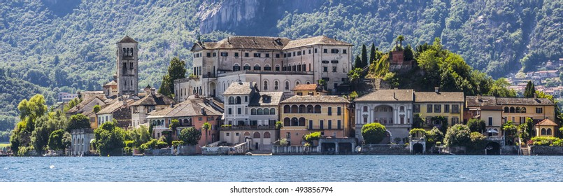 Overview of Lake Orta with the island of San Giulio