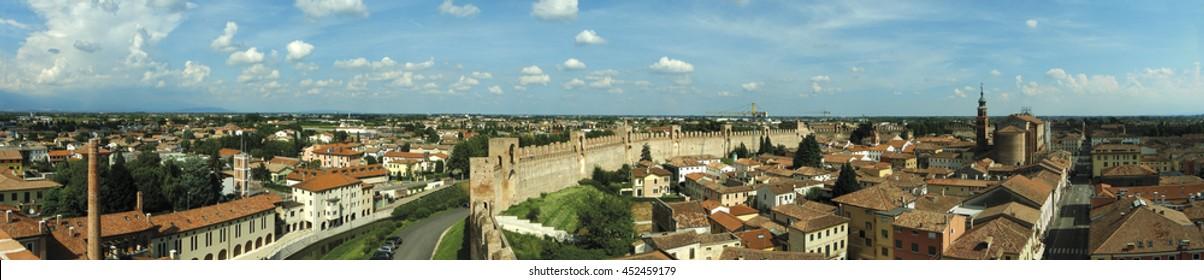 overview of Padua (citadel)