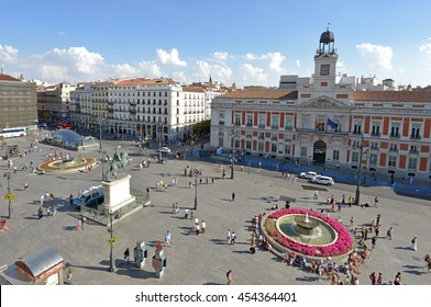 Overview of the Puerta del Sol, in the city center of Madrid, Spain