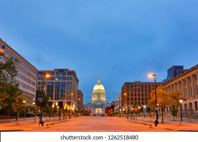Overview of the Wisconsin state capital before sunrise.  The building houses both chambers of the Wisconsin legislature along with Wisconsin Supreme Court .