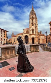 Oviedo Cathedral and Regenta statue in Asturias. Spain.