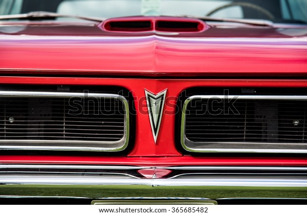 Pontiac Gto 2015 >> Owen Sound Ontario 09132015 Pontiac Gto Stock Photo Edit