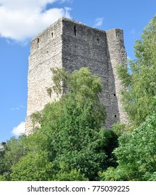 Oxford castle among green trees