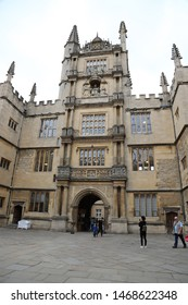 Oxford, England: Aug 2018 - The Bodleian Library, Broad St, Oxford OX1 3BG