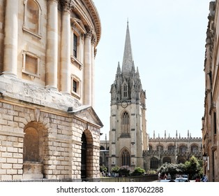 OXFORD, ENGLAND - JUNE 24, 2018: View of the University Church of St Mary the Virgin from Radcliffe Square in High Street, Oxford. The church is the centre from which the University of Oxford grew.